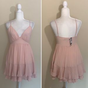 NWT Lovers + Friends Pink Tara Mini Babydoll Dress